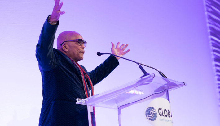 A Smash Hit!!  Quincy Jones Helps Down Syndrome Organization Reach New Heights